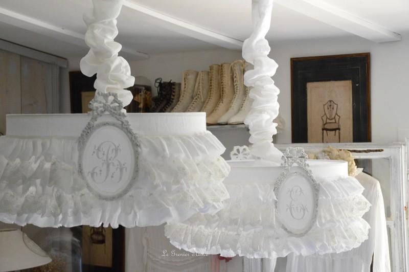 le grenier d 39 alice abat jour romantiques shabby chic. Black Bedroom Furniture Sets. Home Design Ideas